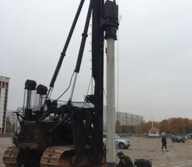 Устройство пробных свай при строительстве ТЦ Алми на ул. Притыцкого
